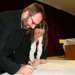 Firma de Convenio entre la rectora de la UNPA, Euvgenia Märquez y el titular de